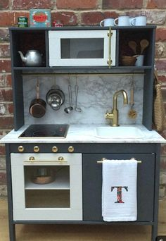 7 Simple and Ridiculous Tips: Small Kitchen Remodel kitchen remodel layout. - Ikea DIY - The best IKEA hacks all in one place Play Kitchen Diy, Ikea Kids Kitchen, Play Kitchens, Ikea Childrens Kitchen, Toddler Kitchen, Kitchen Craft, Small Kitchens, Kitchen Decor, Galley Kitchen Design