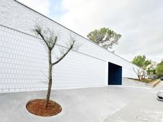 Image 3 of 12 from gallery of Day Center / FLEXO Arquitectura. Photograph by José Hevia Blach Architecture Today, Community, Gallery, Outdoor Decor, Spotlight, Home Decor, Architecture, Fotografia, Decoration Home