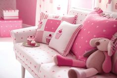 Cojines para habitaciones niñas - Villalba Interiorismo