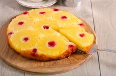 Ananászos fordított torta: a tésztája olyan puha, mint a piskótáé - Recept   Femina Pineapple, Cupcakes, Sweets, Fruit, Food, Pineapple Cobbler, Food Cakes, Glutenfree, Cupcake Cakes