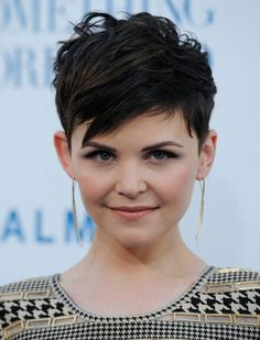If i could guarantee a pixie cut would look this good, I would do it without a second thought!