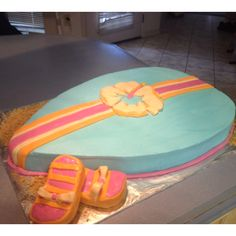 Surfboard cake #summer Cupcake Ideas, Cupcake Cakes, Cupcakes, Hawaiin Theme, Surfboard Cake, Teen Beach Party, Girl Parties, Surf Boards, Summer Cakes