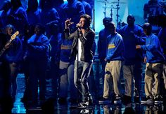 2011 American Music Awards - Show          Singer Enrique Iglesias performs onstage at the 2011 American Music Awards held at Nokia Theatre L.A. LIVE on November 20, 2011 in Los Angeles, California.