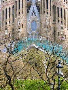 Gardens - Sagrada Familia , Barcelona, Spain