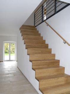 Treppe im EG (Eichenparkett)