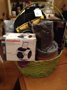 Raffle prize Raffle Prizes, Jack And Jill, Basket Ideas, Gift Baskets, Fundraising, Ipod, Digital, Gifts, Sympathy Gift Baskets