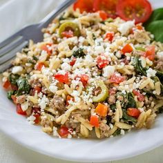 Oneskilletmeals are da bomb! With easy prep and easy cleanup, these meals are perfect for the busiest days, and leftovers make a great lunch on day two! Your whole family will love this delicious, skillet ground beef recipe made with orzo and briny olives. Topped with yummy feta cheese, this one pot easy dinner meal is a family favorite! Because it's made in just one pan, you'll not only love how it tastes, but clean-up is a breeze!