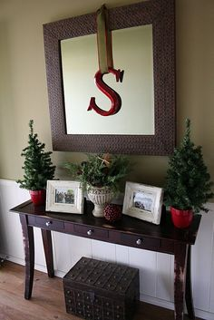 Love the hanging S from ribbon.  Our letter!