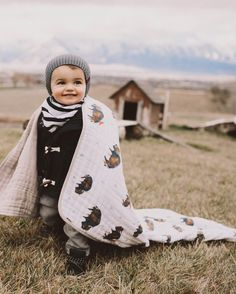 Little Unicorn Cotton Muslin Quilt - Bison Baby On The Way, Baby Love, Baby Baby, Baby Kids, Toddler Outfits, Baby Boy Outfits, Boho Baby Kleidung, Trendy Baby Boy Clothes, Trendy Clothing