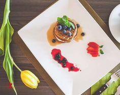 Am manche Tage mache ich mir Sorgen, an anderen Tagen mache ich mir einfach Low Carb Mini Pfannkuchen mit Früchte ツ mit viele Früchte! Red Planet Hotel, Cottage Cheese Pancakes, Summer Fruit, Culinary Arts, Free Stock Photos, Blueberry, Panna Cotta, Cooking Recipes, Healthy