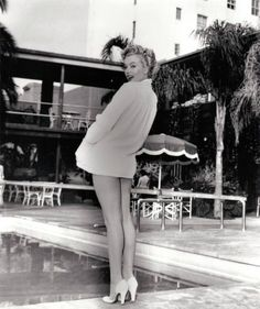 A rare picture of Marilyn in 1952. Author unknown