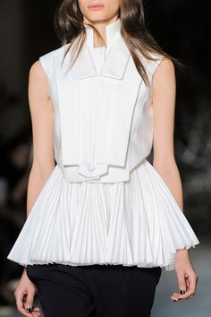 Structured white top with graphic lines, layers & pleats; innovative fashion details // Dice Kayek Spring 2016