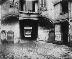 Paris back street - by Eugene Atget