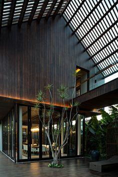 DRA House in Bali,© Mario Wibowo