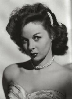 THE VINTAGE FILM COSTUME COLLECTOR: SUSAN HAYWARD RED HEADED STAR