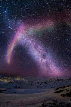 Aurora and the Milky Way, Sisimiut, Greenland #aurora