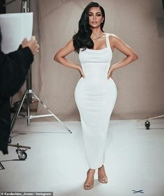 Kim Kardashian poses with longtime makeup artist Mario Dedivanovic Looking wonderful in white: The curve-hugging dress had thick straps and came in at the waist as she added strappy heels Robert Kardashian, Kourtney Kardashian, Kim Kardashian Before, Kim Kardashian Wedding, Kardashian Style, Kardashian Jenner, Kim Kardashian Ponytail, Kim Kardashian White Dress, Teen Choice Awards