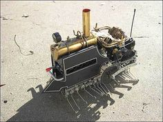 I-Wei Huang's R/C Steam LocoCentipede