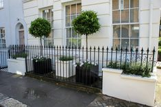 London Planters contemporary garden designer, modern planters for gardens and roof terraces. Metal Window Boxes, Window Box Flowers, Flower Boxes, Contemporary Planters, Contemporary Garden Design, Modern Planters, Outside Planters, Outdoor Planters, Metal Planters