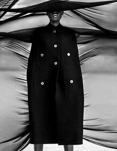 Vogue Germany May 2018 - 013.jpg