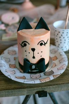 Dream A Little Dream's Birthday / Alley Cats - Photo Gallery at Catch My Party Birthday Cake For Cat, Girls Birthday Party Themes, First Birthday Cakes, Animal Birthday, Birthday Parties, Girl Birthday, Big House Cats, How To Make Biscuits, Animal Cakes