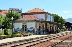 Estação do Pinhão Douro Portugal, Around The Worlds, Mansions, House Styles, Outdoor Decor, Roots, Home Decor, Facebook, Travel