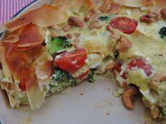 broccoli brie quiche (2) Brie, Quiche Recipes, Quiches, Feta, Broccoli, Foodies, Vegan Recipes, Food And Drink, Veggies