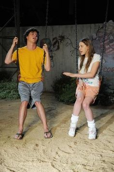 Eden Sher and Charlie McDermott in The Middle The Middle Series, The Middle Tv Show, Series Movies, Movies And Tv Shows, Neil Flynn, Charlie Mcdermott, Crazy Kids, Belly Laughs, Favorite Tv Shows