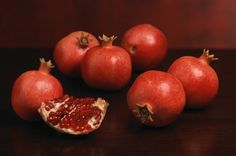 "Harvest of the principal pomegranate variety Wonderful is scheduled to start next week. ""The early varieties have moved smoothly into the market place this season,"" says Tom Tjerandsen, Manager. Pomegranate Varieties, The Fresh, Harvest, Fruit, Vegetables, Food, Meal, The Fruit, Eten"