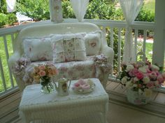 Would love to do something like this on my little back porch