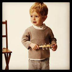 "@Normandie's photo: ""#Kids #fashion #babyclothes #cute #childrenswear #kidsclothes Camisa con cuello mao y pantalones a rallas."""