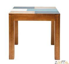 Kare Design Malibu Tafel 80x80 cm - De Kare Design Malibu Tafel is een vierkante designtafel gemaakt van gelakt populierenhout. De eettafel is voorzien van een vierkant tafelblad met diverse frisse kleuren. Een elegante en zeer mooie tafel die ingezet kan worden voor diverse doeleinden.