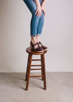 Lotta clogs and Gap 1969 high-rise skinny jeans. A marriage made in heaven. @gap