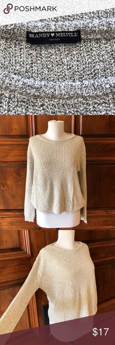 Brandy Melville Soft Cable Knit Classic Brandy Melville knit short sweater. Worn only few times, in great condition 🌸 Brandy Melville Sweaters