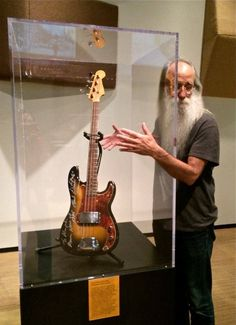 Lee Sklar and Donald 'Duck' Dunn (blues brothers) bass
