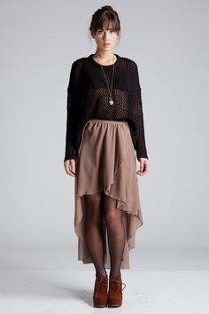 Discover this look wearing High Low Skirt Urban Skirts - Rachel High Low Skirt by styled for Chic, Blind Date in the Fall Boho Fashion, Fashion Beauty, Fashion Design, Fashion Trends, Fashion Shoes, Bohemian Summer, Bohemian Style, Moda Boho, High Low Skirt