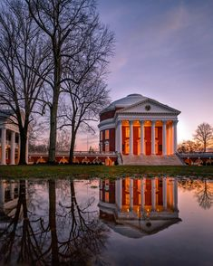 The Rotunda University Of Virginia Basketball, University Of Virginia Campus, Sunset Photos, Nature Photos, Virginia Fall, Reflection Pictures, Charlottesville Va, College Campus, Picture Photo