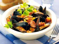 Clams Seafood, Fish And Seafood, Food For A Crowd, Wok, Chorizo, Japchae, Pot Roast, Oysters, Food To Make