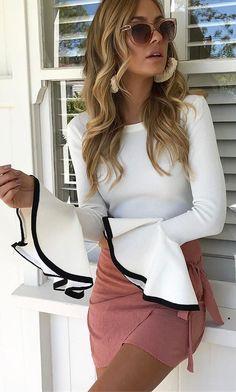 #outfits #summer blanca manga de Bell Top + Blush falda del abrigo