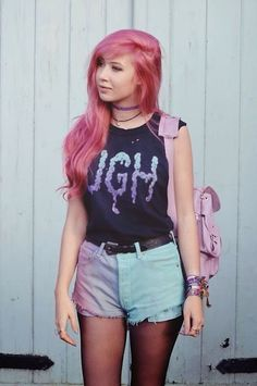 ideas hair pastel grunge shorts Source by clothes ideas Pastel Grunge, Soft Grunge, Vêtements Goth Pastel, Pastel Goth Fashion, Kawaii Fashion, Grunge Fashion, Look Fashion, Fashion Outfits, Amy Valentine
