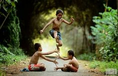 """In Indonesia, especially Java this game called """"Kilakan"""" Naughty Kids, Kid Poses, Photographs Of People, Beautiful Children, Children Photography, Kids Playing, Portraits, Peaceful Life, Street Portrait"""
