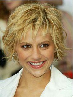 Blonde Short Shag Hairstyle for Women