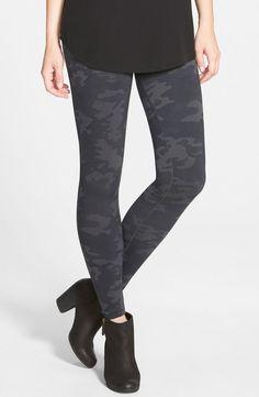 4e82a9454 NWT SPANX Pepper Grey CAMO SEAMLESS SHAPING LEGGINGS FL4715 legging Medium   SPANX Shirts For Leggings
