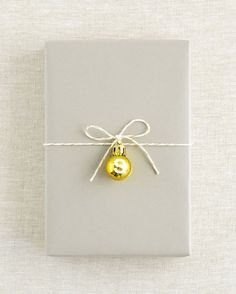 Christmas gift wrapping ❥  #christmas