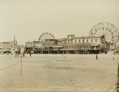 Ferris Wheels waiting for the crowds. A look at Coney Island during its heyday in the 1920s. This shot was taken in December 1922.