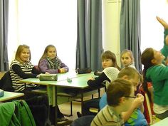 Goethe Intézet német nyelvi versenyén a 3. helyezett csapat: Kósa Barbara, Jakab Vivien, Magyar Anna, Veres Vivien. A felkészítő nevelő: Katonáné Veres  és Baráth Tímea