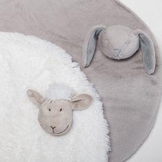 Alfombra oveja en blanco o gris alfombra super suave para for Alfombras cuarto bebe
