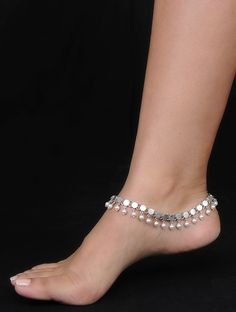 Anklet Jewelry Classic Silver Anklets with Pearls (Set of - Payal Designs Silver, Silver Anklets Designs, Anklet Designs, Gold Earrings Designs, Necklace Designs, Silver Jewellery Indian, Fancy Jewellery, Silver Jewelry, Silver Ring