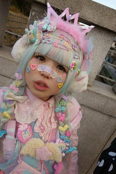 Pin by Aberto on kawaii Harajuku Girls, Estilo Harajuku, Harajuku Mode, Harajuku Fashion, Harajuku Makeup, Estilo Goth Pastel, Pastel Goth Fashion, Kawaii Fashion, Lolita Fashion