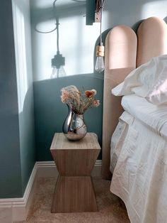 Bedroom Styles, Bedroom Colors, Bedroom Decor, Gold Bedroom, Bedroom Vintage, Fashion Room, Home Decor Inspiration, Contemporary Furniture, Decoration